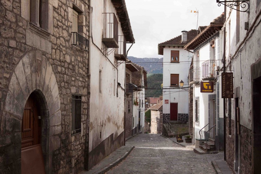 Street view of Hecho
